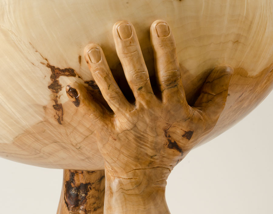 bowl-hands-detail